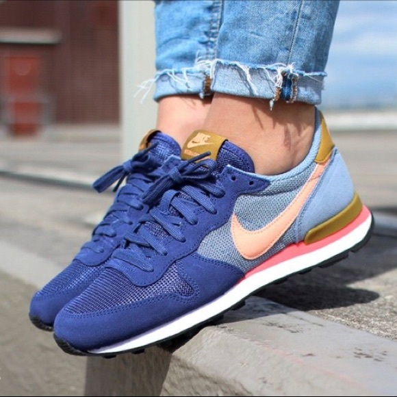 cheap for discount 23974 253ad Nike Internationalist Sneaker (women s). M 5b0e01268af1c50f0091ad9e